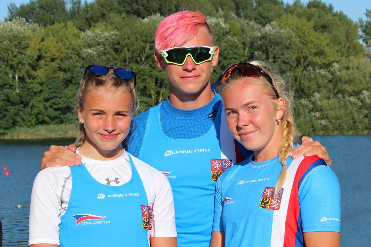 Jan Macháček, Gabriela Hermély a Denisa Janáčková závodili na regatě Olympijských nadějí